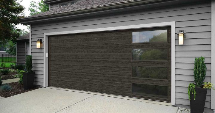 Tips on Choosing the Right Garage Door