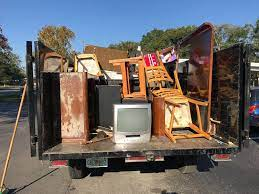 Junk Removal Burbank Will Surely Make All Your Junk Clean Up Without Any Trouble