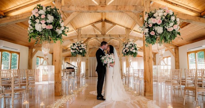 You Must Consider These 5 Points To Prepare Your Wedding Budget