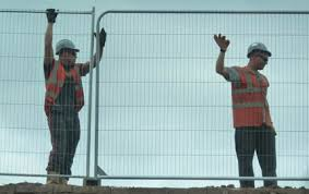 This Is How To Install Temporary Fences So They Stay Durable